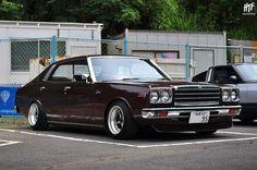 Nissan 230 Laurel 懐かしい (^^)
