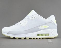 Nike Air Max 90 CMFT PRM Glow in the Dark Detailed Pictures