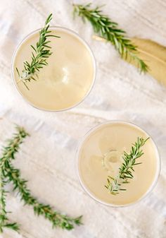Fig and rosemary cocktails