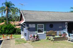 My Beautiful Things Market's weatherboard cottage Exterior Paint Colors, Paint Colours, Weatherboard Exterior, Brisbane, Vintage Shops, Places To See, Beautiful Things, Cottage, Cabin