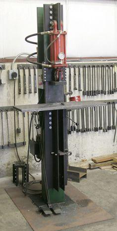 25 ton electric-hydraulic press Morris Hallowell