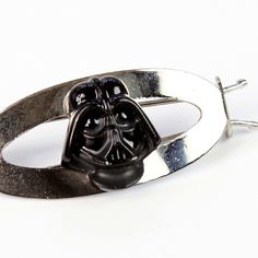 Vintage 1977 Star Wars Darth Vader hair clip by Weingeroff ⭐️ Star Wars fashion ⭐️ Geek Fashion ⭐️ Star Wars Style ⭐️ Geek Chic ⭐️