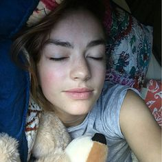 Casey Newton, Casey Atypical, Pretty People, Beautiful People, Brigette Lundy Paine, Lights Fantastic, Bare Face, Pretty And Cute, Pretty Girls