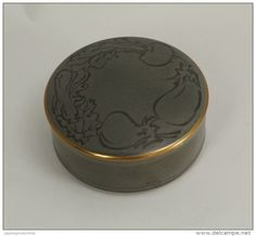 Japanese Ceramic Box http://www.japanstuff.biz CLICK THE FOLLOWING LINK TO BUY IT ( IF STILL AVAILABLE ) http://www.delcampe.net/page/item/id,349327522,language,E.html