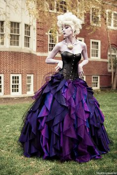 Victorian goth http://victorian-goth.tumblr.com/ If I were to ever cosplay Ursula this is what I would wear! Absolutely love this!