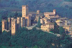 Castell' Arquato, Piacenza, Emilia Romagna, Italy   Castell'Arquato