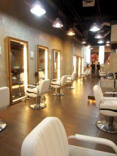: Shunji Matsuo Hair Studio by Hisato Hair Salon Interior, Salon Interior Design, Beauty Salon Design, Salon Lighting, Beauty Salon Names, Barber Shop Decor, Hair Studio, Loft, Ceiling Design
