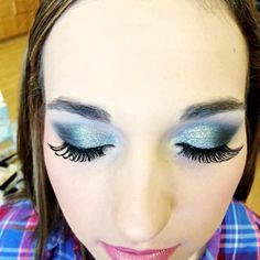 Prom MU by Shae Using our #proeyecolorpalette by #merlenorman