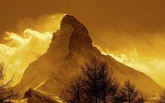 La sombra del Cervino apaga la vida de dos alpinistas japoneses | Lugares de Nieve