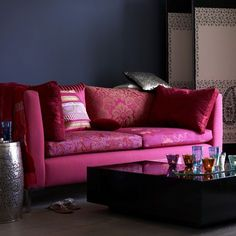 Looking for living room colour schemes? These are our pick of the best bright and bold living room colour schemes for every style Coastal Living Rooms, Living Room Sets, Living Room Designs, Living Room Decor, Good Living Room Colors, Living Room Color Schemes, Colour Schemes, Color Combinations, Rosa Couch