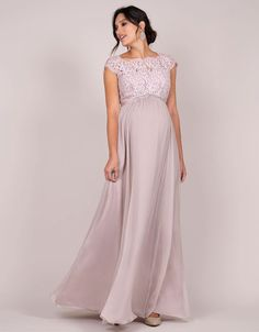 A breathtaking maternity evening gown designed for extra special occasions, Seraphine's Blush Silk & Eyelash Lace Maternity Gown won't be easily forgotten. Maternity Evening Gowns, Maternity Bridesmaid Dresses, Dresses For Pregnant Women, Pregnant Wedding Dress, Elegant Party Dresses, Wedding Dresses, Dresses Dresses, Maternity Fashion, Marie