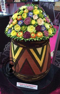 Beautiful Cake Designs, Beautiful Cakes, Decorating Tips, Cake Decorating, Couture Cakes, Cake Makers, Buttercream Cake, Cupcakes, Treats
