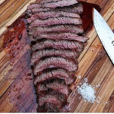 Tri tip steak looking so juicy  ! Who wants some?  PC:@fogocharcoal