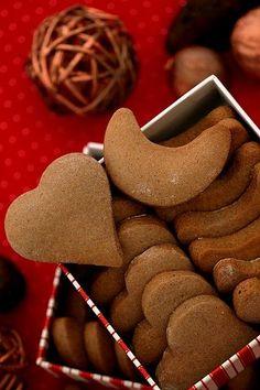 """""""Szybkie"""" pierniczki Galletas Cookies, Cupcake Cookies, Biscuit Cookies, Yummy Cookies, Gingerbread Cookies, Christmas Cookies, Polish Cookies, Christmas Eve Dinner, Xmas"""