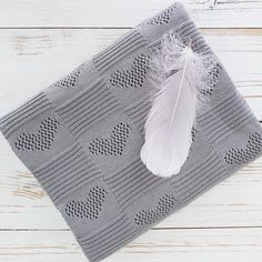 grey #cotton bedcover for #babies