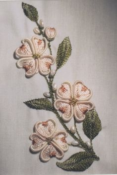 Yosemite Dogwood Brazilian Embroidery.  Instructions for stitches are found in Art of Dimensional Embroidery by Maria Freitas.