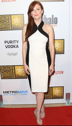 Julianne Moore in a black-and-white Jason Wu Resort 2013 sheath at the Critics' Choice Awards.