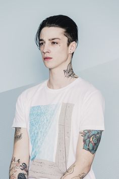 Ash Stymest Models Casual Fashions for Ezekiel Spring 2015 Collection Ash Stymest, Beautiful Boys, Pretty Boys, Cute Boys, Chris Brown, Teardrop Tattoo, Tatto Design, Bad Boy Aesthetic, Poses