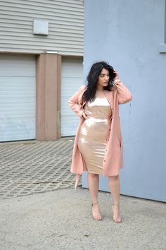 Carmakoma pink trench coat, Carmakoma metallic top and metallic skirt, nude strappy heels
