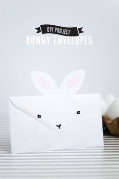 DIY :Envelope Bunny Invitation