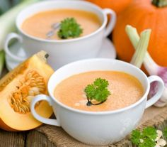 At only 65 calories, this Pumpkin Soup offers a rich, creamy, and delicious taste. It's a great comfort food recipe to cozy up to this upcoming winter season! Spiced Pumpkin Soup, Pumpkin Recipes, Fall Recipes, Soup Recipes, Cooking Recipes, What's Cooking, Recipies, Healthy Soup, Healthy Recipes
