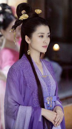 Beautiful Asian Girls, Beautiful Women, Princess Agents, Art Of Beauty, Asian History, Chinese Clothing, Costumes For Women, Female Costumes, Hanfu