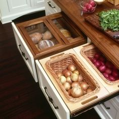 Check out this idea! Bags be gone! These dry storage drawers beautifully organize pantry goods such as bread, garlic and potatoes.