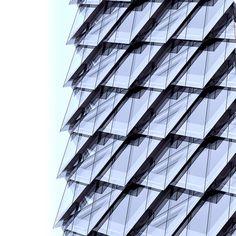 Tanzendes Drachenpaar von Adrian Smith + Gordon Gill Architecture
