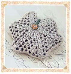 "String bag ""Flower"" - decor and furnishings - Rukodelnichaem - Inhabitant: to be a woman - it's fun! Crochet Home, Crochet Motif, Crochet Stitches, Crochet Baby, Knit Crochet, Yarn Crafts, Sewing Crafts, Crochet Market Bag, Crotchet Patterns"