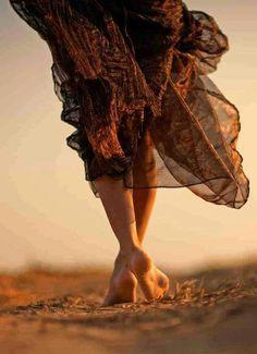 La Terra per non farmi calpestare la dignità. Il Fuoco per far sì che non si spenga mai la fiamma della passione. L'Acqua per riemergere a galla se sprofonderò nell'abisso. L'Aria per permettere alle mie ali di continuare a volare. Senza mai scordarmi che la vera forza sta dentro di me. Perché sono semplicemente uno Spirito Libero. (Aldo Picone)