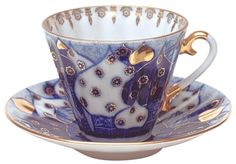 IMPERIAL PORCELAIN MANUFACTORY/Picture of Russian Domes Tea Cup & Saucer