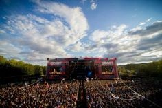 SZIGET is one of the most popular open air music festivals in the world, located on an island in Budapest. Photo by Sandor Csudai World Festival, Air Festival, Big Music, Good Music, European Festivals, Woodstock Music, Destinations, Festivals Around The World, Miss World