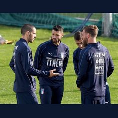 DAY 3 OF TRAINING💪 The Azzuri have completed their third day of training ahead of the playoff against Sweden. Bonucci and Donnarumma are amongst the players who have been called up😏 - #calcio #soccer #football #milan #milano #rossoneri #rossonero #milanista #acm #acmilan #love #instagood #photooftheday #tbt #picoftheday #instadaily #tb #weareacmilan #acmswiss #forzamilan #Alex🔴⚫