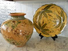 Pottery vase and plate