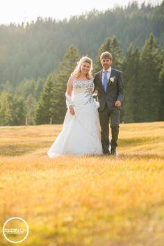 Wedding Couple, Wedding Photos, Wedding Photography, Bride and Groom, Swiss Wedding Photographer, Swiss Wedding Photography, Hochzeitsfotograf Zentralschweiz, Hochzeitsfotografie, Brautpaar, Obwalden, Nidwalden, Luzern