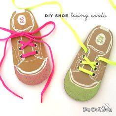 Help kids learn to tie their shoes with these easy DIY shoe lacing cards, wish there was a printable for the shoe but I can probably make one