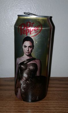 16 oz WONDER WOMAN Movie Dr Pepper Can Limited Edition empty from bottom htf  #DrPepper