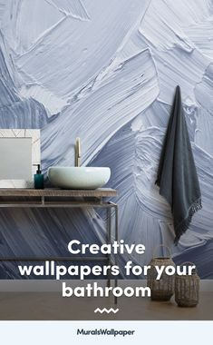 If you're looking to create the perfect bathroom wallpaper feature wall with stunning designs of serene beach scenes, color washed Scandinavian style wooden panels or delicate flower wallpapers, we have the perfect selection of modern designs that will allow you to create a truly relaxing and breathtaking bathroom space. We have collated this truly eye-catching and elegant collection of bathroom and toilet wallpaper ideas to help you to pick your ideal design. Bathroom Wallpaper Feature Wall, Wallpaper Toilet, Wallpaper Designs, Wallpaper Samples, Wallpaper Ideas, Luxury Wallpaper, Custom Wallpaper, Designer Wallpaper, Best Bathroom Designs