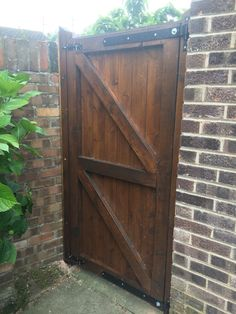 Finish my hand made wooden gate