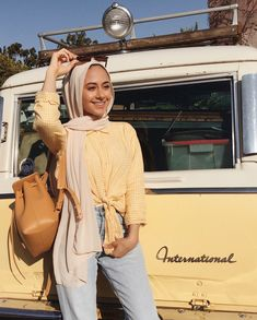 - Colorful casual outfits in hijab – Just Trendy Girls: www.justtrendygir… Colorful casual outfits in hijab – Just Trendy Girls: www. Modern Hijab Fashion, Street Hijab Fashion, Hijab Fashion Inspiration, Muslim Fashion, Modest Fashion, Casual Hijab Outfit, Outfits Casual, Modest Dresses, Modest Outfits
