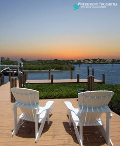 When the sun goes down ◉ pinned by  http://www.waterfront-properties.com/jupiteradmiralscove.php