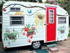 Cozy Little House: Living Simply: Part 1 - Vintage Trailers