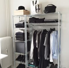 37 Super Ideas For Simple Closet Organization Clothing Storage Open Wardrobe, Wardrobe Closet, Closet Bedroom, Bedroom Decor, Closet Space, Closet Storage, Closet Organization, Clothing Organization, Clothing Storage