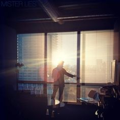 Mister Lies- I Walk single, great vocal and nice beats