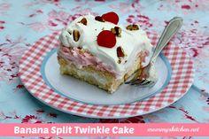 Mommy's Kitchen: Banana Split Twinkie Cake {Twinkies are Back}