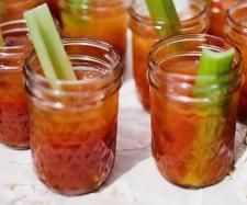 Recipe Fresh Tomato Bloody Mary by learn to make this recipe easily in your kitchen machine and discover other Thermomix recipes in Drinks. Bloody Mary Recipes, Recipe Community, Food N, Food Design, Hot Sauce, Smoothies, Drinks, Cocktails, Lime