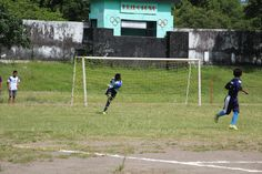 dropkick by goalkeeper