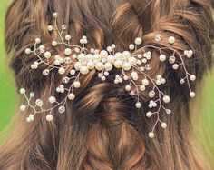 Wedding hair accessories Bridal comb Clip Gold by Gardenofflowers