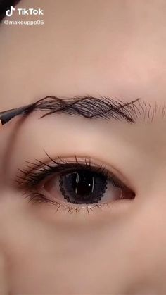 Nose Makeup, Eyebrow Makeup Tips, Makeup Tutorial Eyeliner, Makeup Looks Tutorial, Eye Makeup Steps, Contour Makeup, Skin Makeup, Eyeshadow Makeup, Makeup Brush Guide