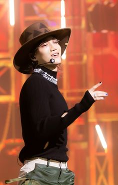 Baekhyun Chanyeol, Baekhyun Fanart, Exo Kai, Exo Chen, Solo Album, Luhan And Kris, Kim Jongin, Most Handsome Men, Exo Members